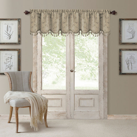 Mia Jacquard Rod-Pocket Scalloped Valance- Natural