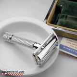 Gillette English Aristocrat #66 1953/54 - Above the Tie
