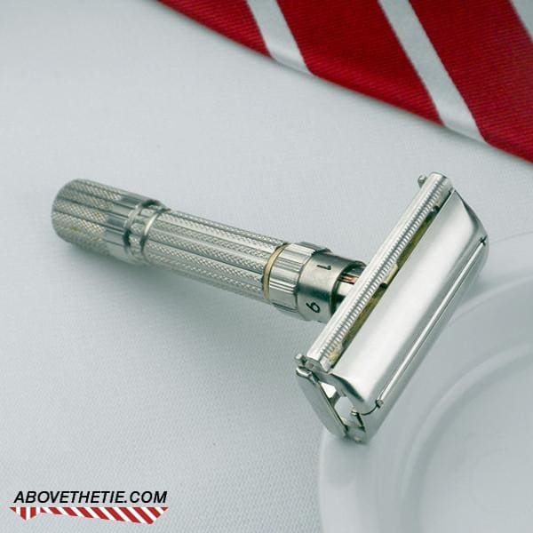 Gillette Fat Boy Safety Razor E-1 1959 - Above the Tie