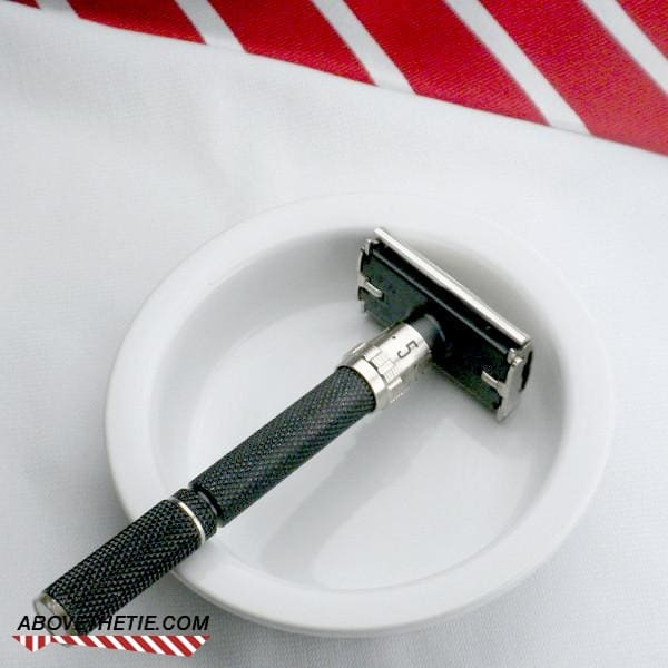 Gillette Super Adjustable Safety Razor F-1 1985 - Above the Tie