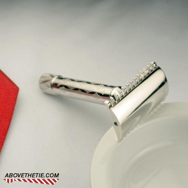 Rhodium Gillette New Deluxe 1935 - Above the Tie