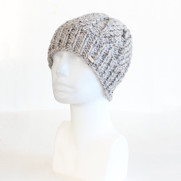 Speckled Gray Beanie-Style Fitted Knit Toque