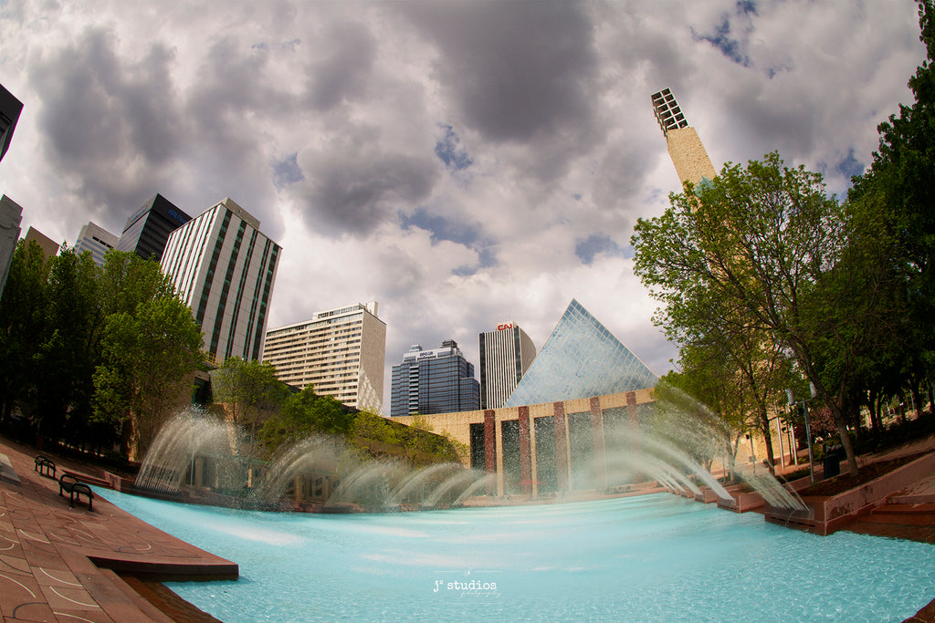 Picture of Edmonton's City Hall and Water Fountain flowing in summer. YEG photography by Larry Jang.