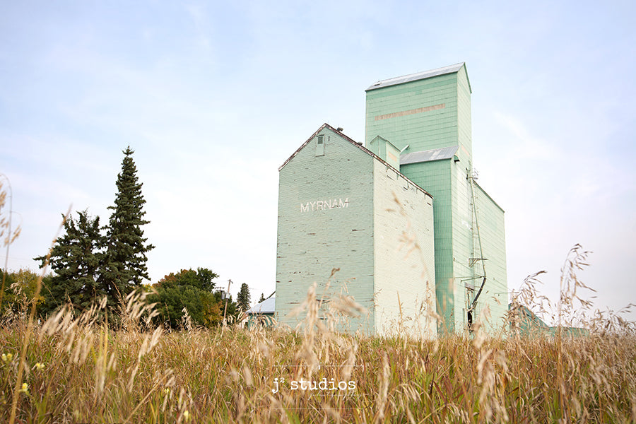 Art print of the remaining grain elevator in Myrnam, Alberta.