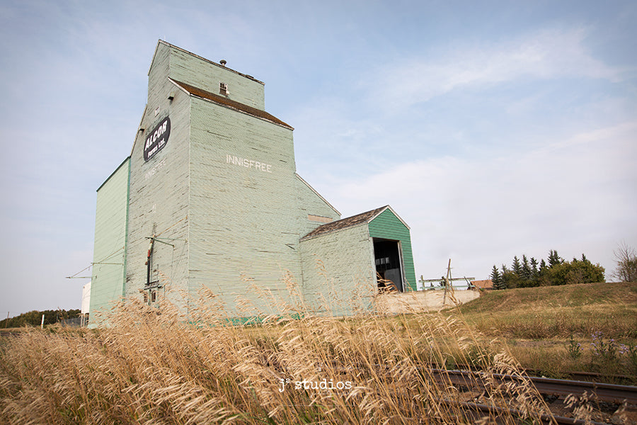 Fine art photograph of the remaining grain elevator in Innisfree Alberta. Alcor. Canadian Prairies.