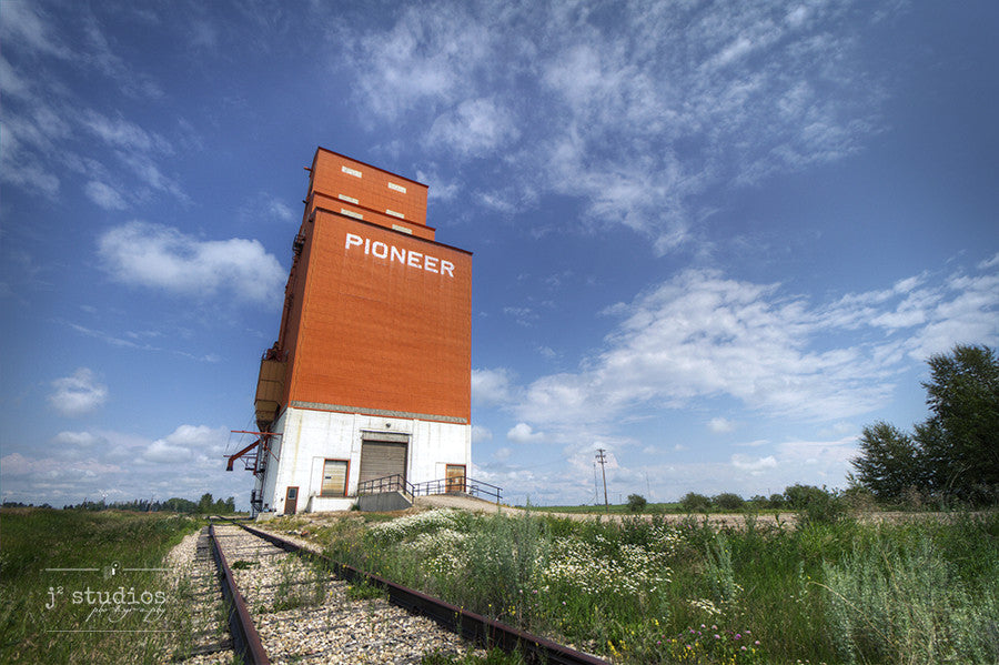 Art print of the Pioneer Richardson grain elevator in Olds, Alberta. Canadian Prairies photography.