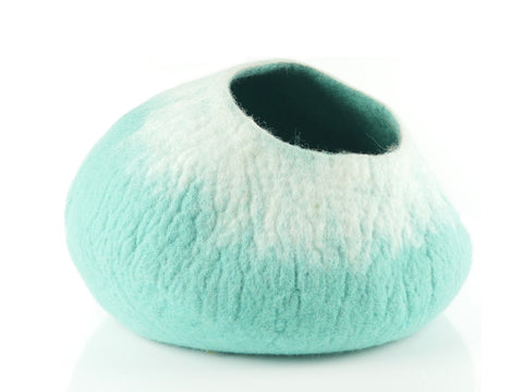 Starburst Pod Style Felt Cat Cave - limited stock - Snooty Paws - 1