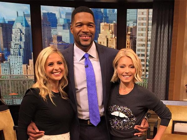 Live with Kelly & Michael Interview Sarah Michelle Gellar
