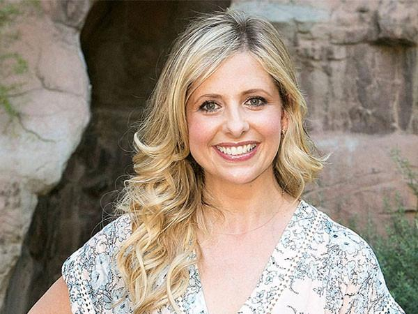 Sarah Michelle Gellar Chats with People Magazine