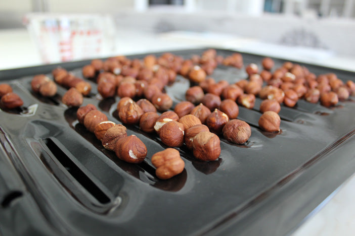 Hazelnuts-on-roasting-pan