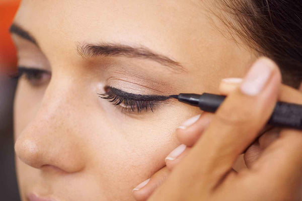 Define Your Everyday Look with 24-Hour Eyeliner