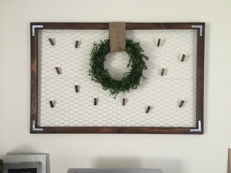 Card & Photo Display Memo Board w/ Boxwood Wreath