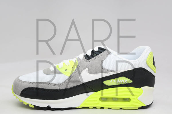 "Air Max 90 (GS) ""2011 Volt"" - Rare Pair"