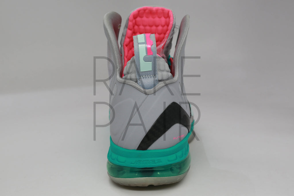 online store be0f8 17bc6 ... Lebron 9 P.S. Elite