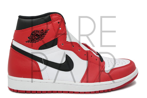 "Air Jordan 1 Retro High OG ""2015 Chicago"" - Rare Pair"