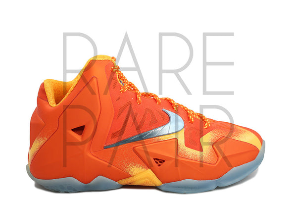 "Lebron XI (GS) ""Forging Iron"" - Rare Pair"