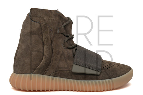 "Yeezy Boost 750 ""Chocolate"" - Rare Pair"
