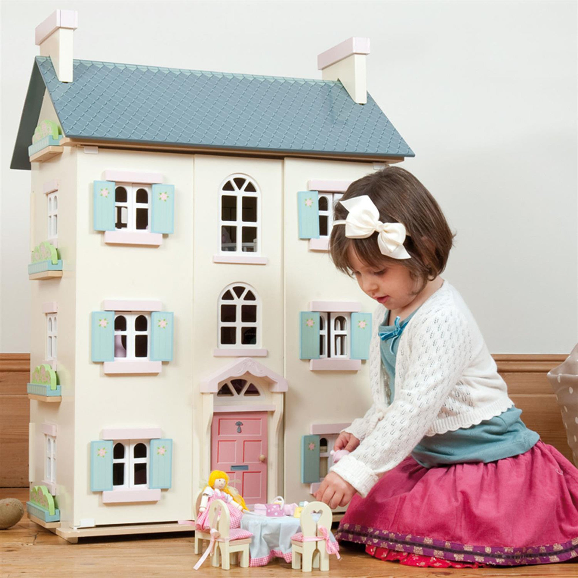 Le Toy Van Cherry Tree Hall Doll's House Le Toy Van Dollshouses at Little Earth Nest Eco Shop