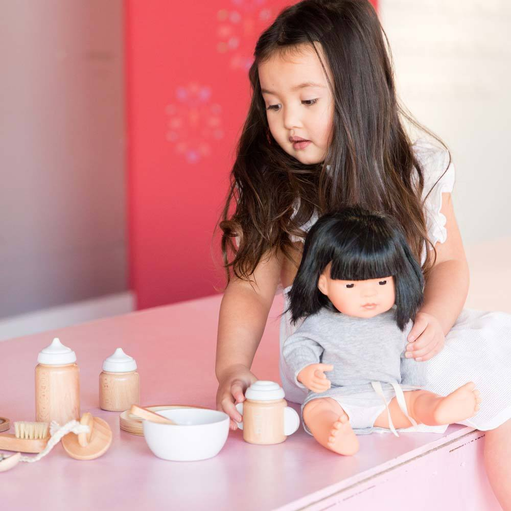 Make Me Iconic Doll Accessory Kit Make Me Iconic Dolls, Playsets & Toy Figures at Little Earth Nest Eco Shop