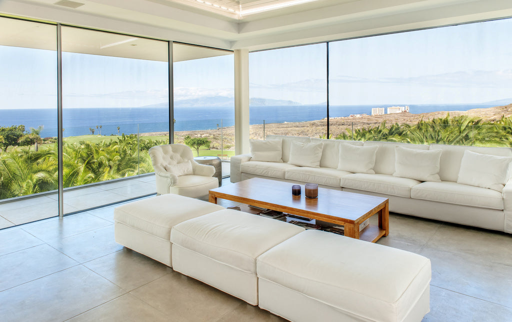 How To Keep Your Glass Windows Clean