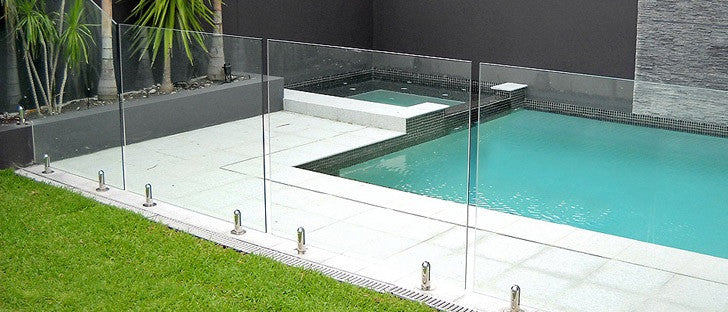 Easy Solutions to Keeping Your Balustrade Glass Pool Fence Looking New