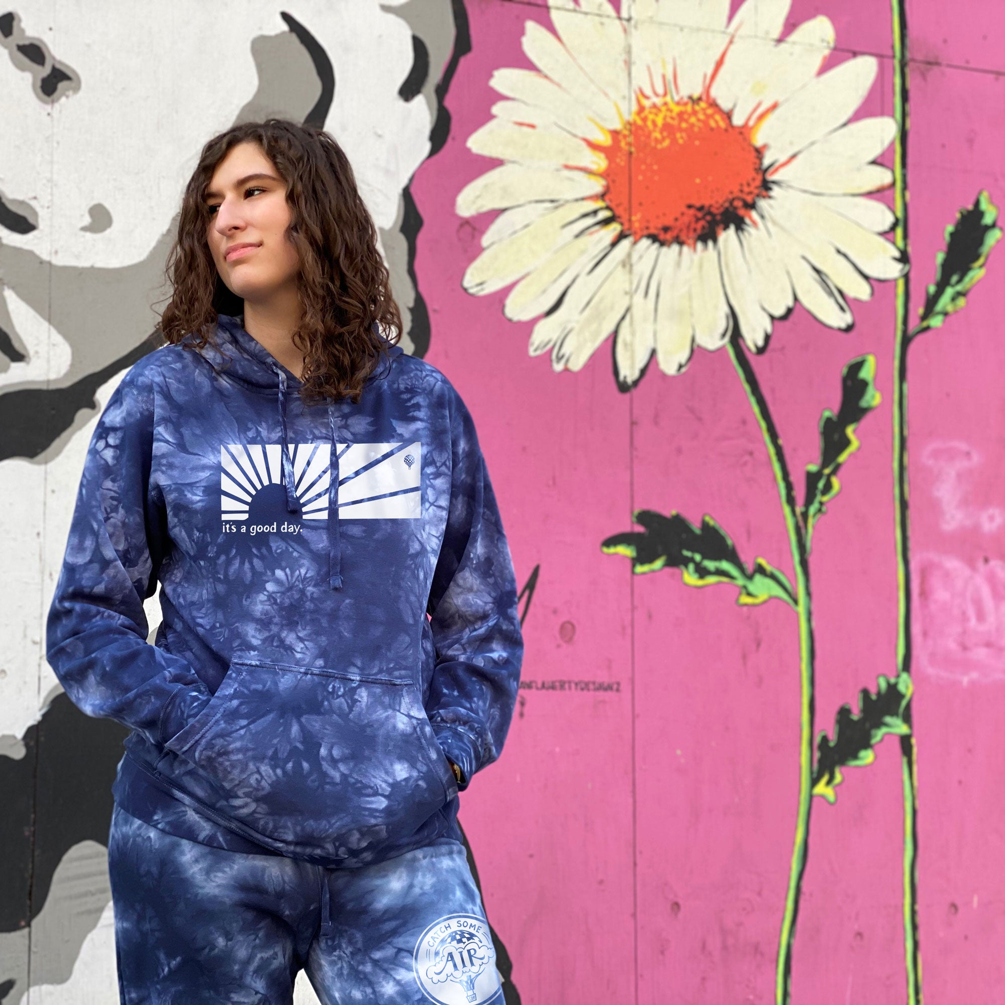 IT'S A GOOD DAY | unisex pullover hoodie | tie dye NAVY