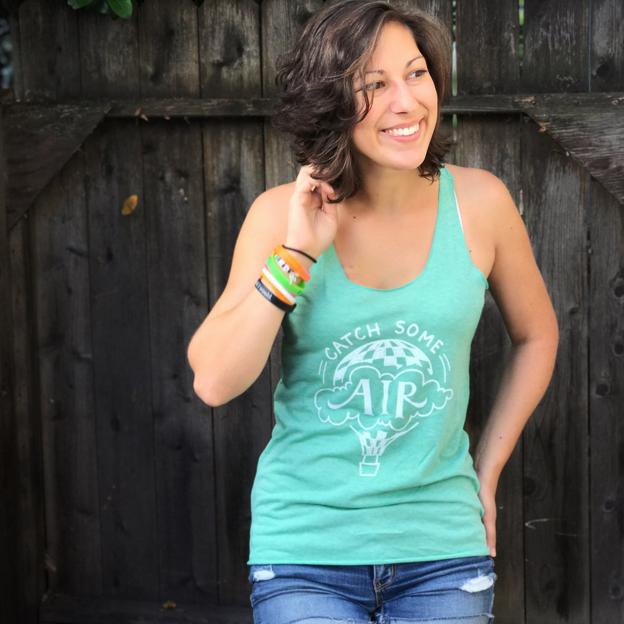 """CATCH SOME AIR"" Logo lightweight tank/light heather green"