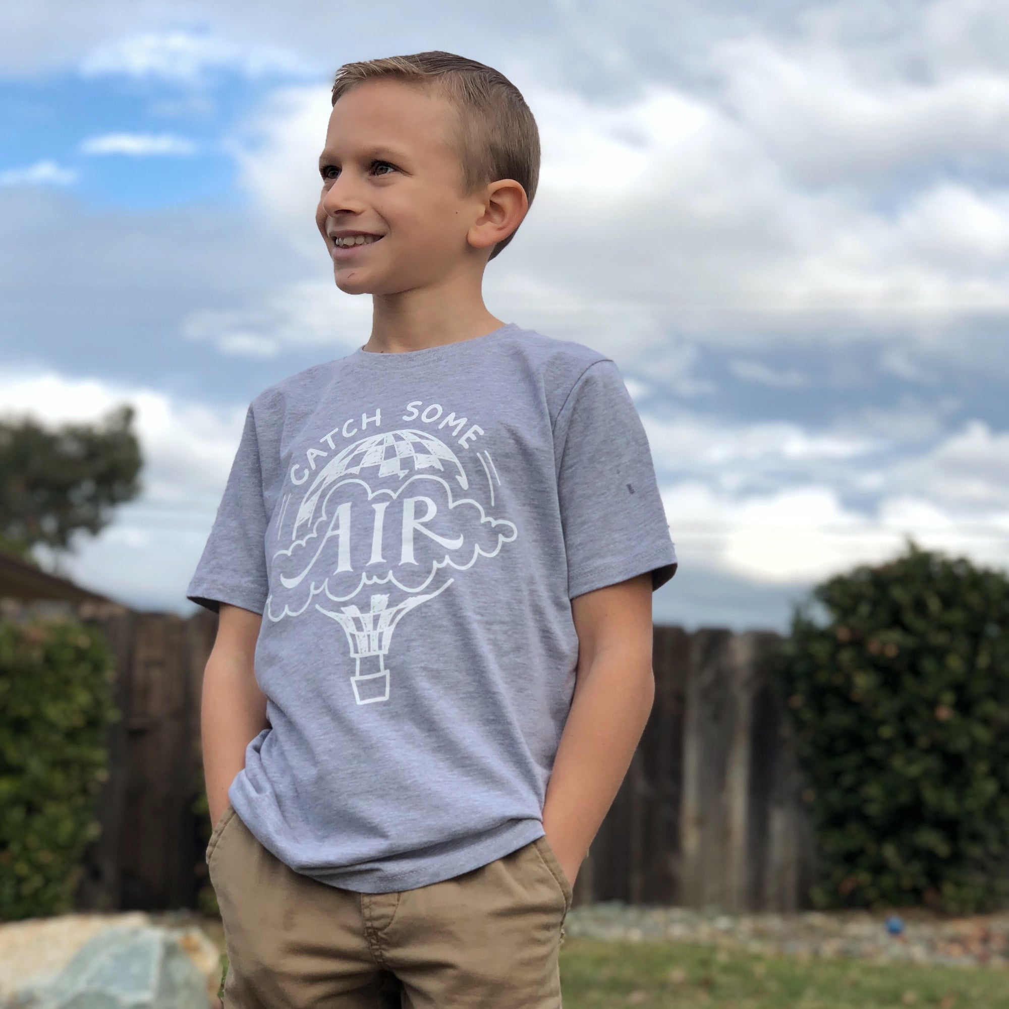 CATCH SOME AIR | boys tshirt | heather gray