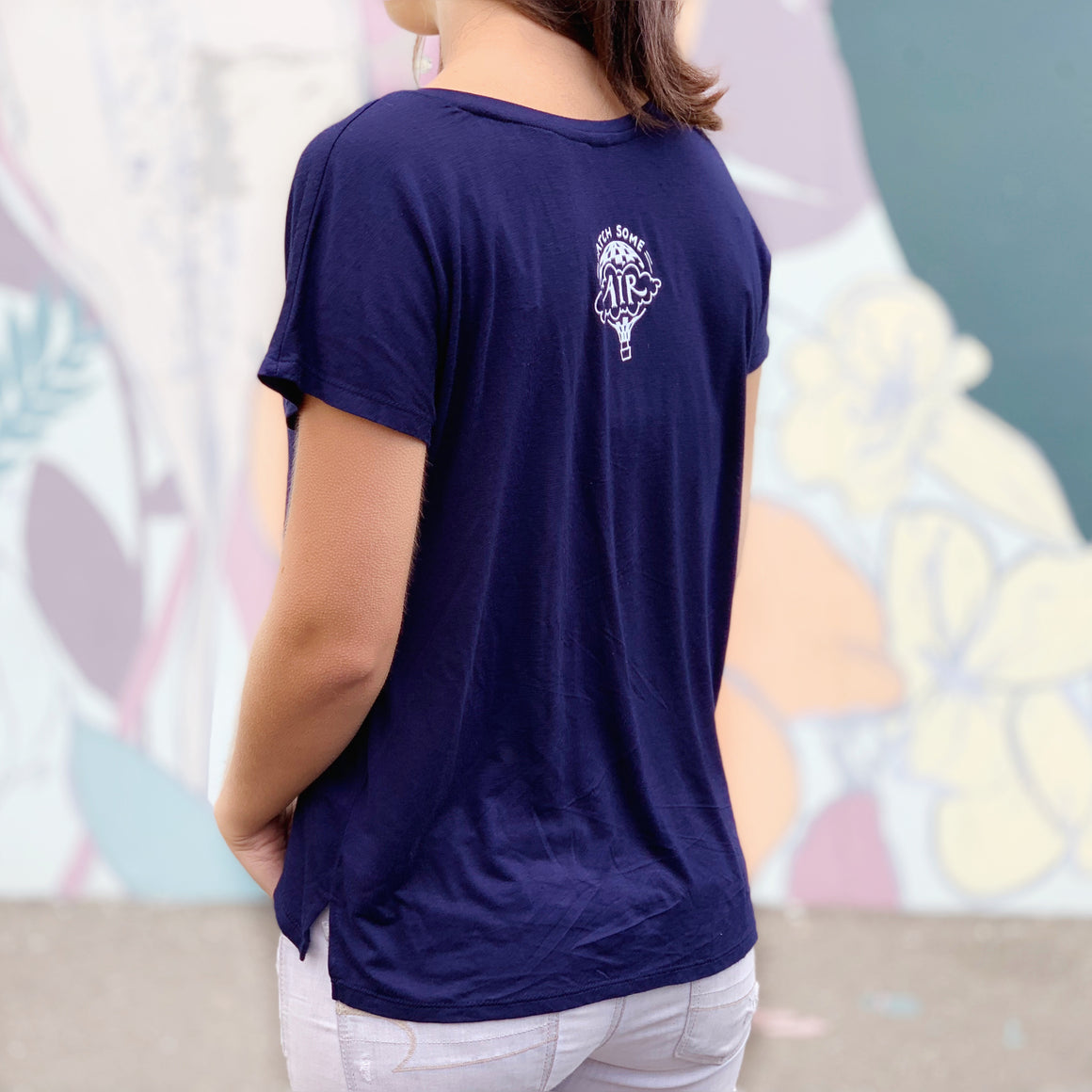 """IT'S NOT ABOUT THE DESTINATION, IT'S ABOUT THE ADVENTURE"" quote - vneck/navy"