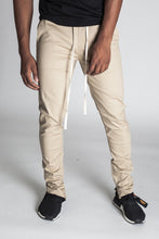 Load image into Gallery viewer, SKINNY STRETCH TWILL JOGGER PANT - KHAKI - www.ShopRedCar7.com