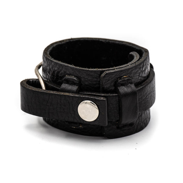 Leather Stirling Oval Cuff (Black)