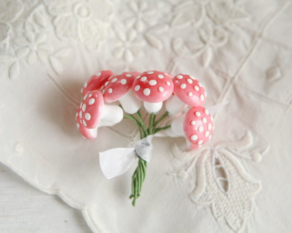 Spun Cotton Mushrooms - 18mm, Pink Toadstools