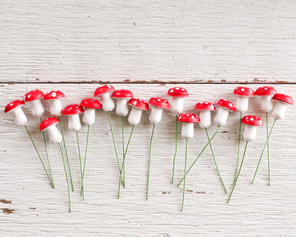 Old Style German Spun Cotton Mushrooms - 16 x 20mm Red Toadstools, 18 Pcs.
