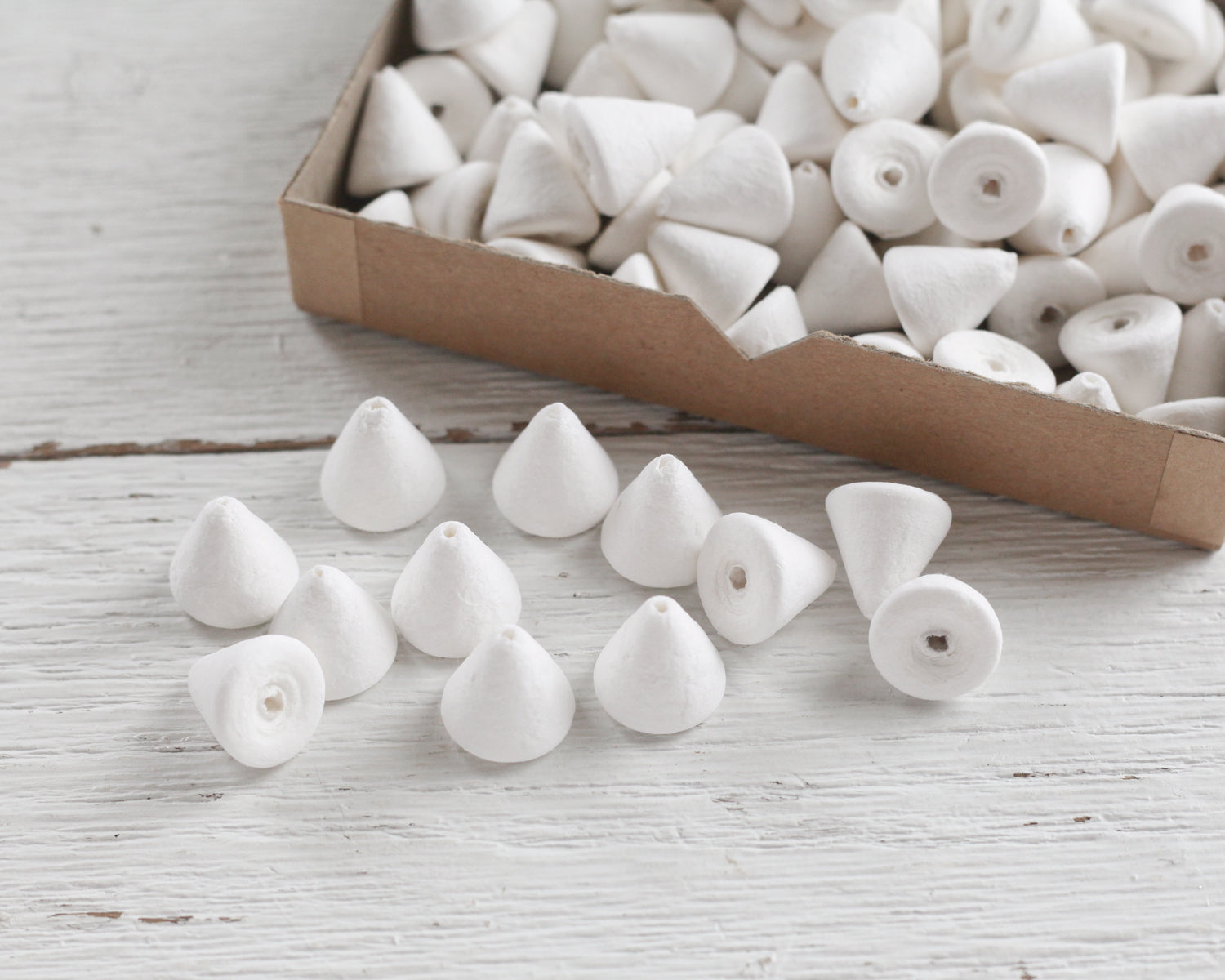 Small Spun Cotton Cones - 18mm Cone Craft Shapes, 12 Pcs ...