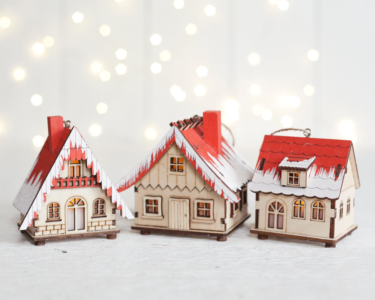 Christmas Houses.Alpine Village Houses Set Of 3 Lighted Wooden Christmas House Ornaments