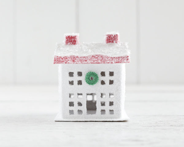 Peppermint Christmas House - Red and White Manor House Decoration