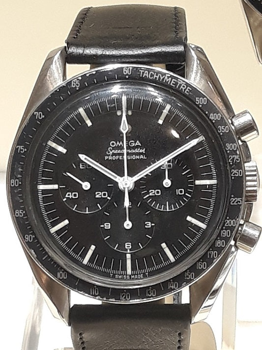 "4th generation 1964 ""First"" Moonwatch"