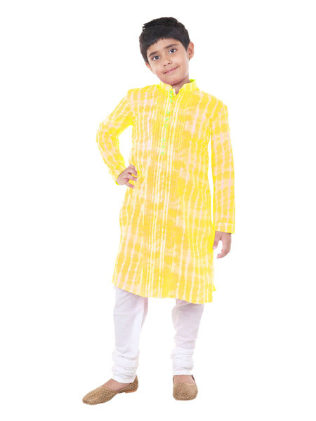 Yellow tye and dye kurta set.