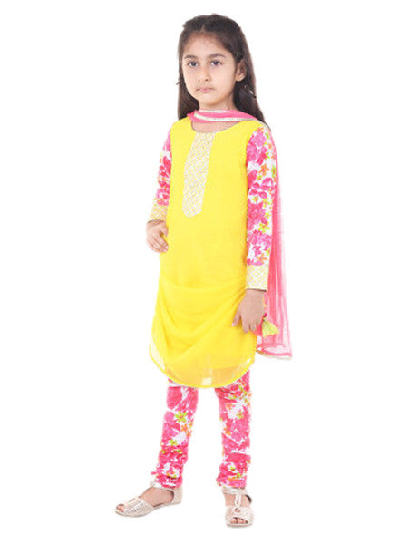 Smart Indian Yellow and cowl suit