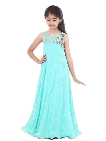 Beautiful flowy turquoise chiffon gown
