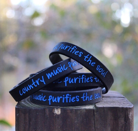 Country Music Purifies the Soul blue on black Wristband