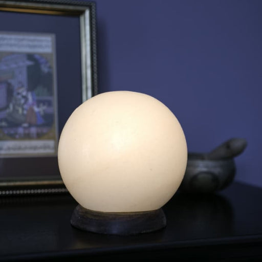 HIMALAYAN GLOBE SALT LIGHT – LIMITED QUANTITY - WHITE - Urban Treehouse