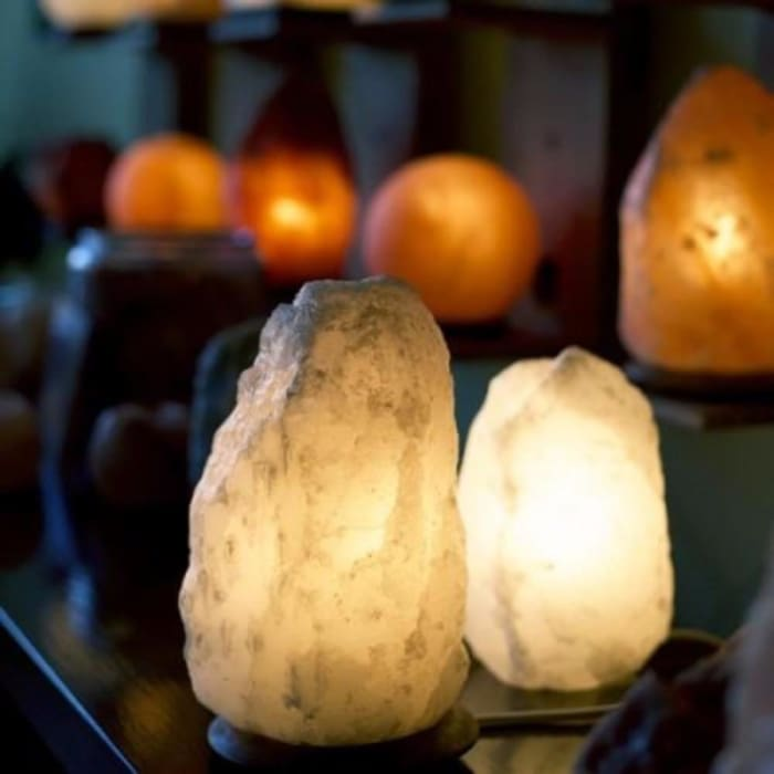 Himalayan Salt Light Large - White - Home Décor