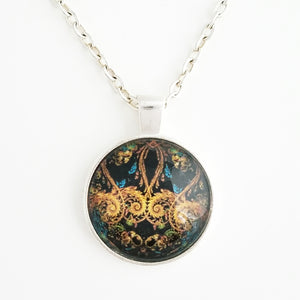 Black and Gold Pattern Necklace - L&G Gifts and Goodies