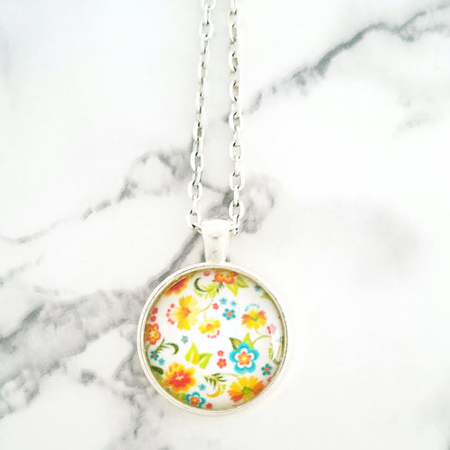 Springtime Necklace - L&G Gifts and Goodies