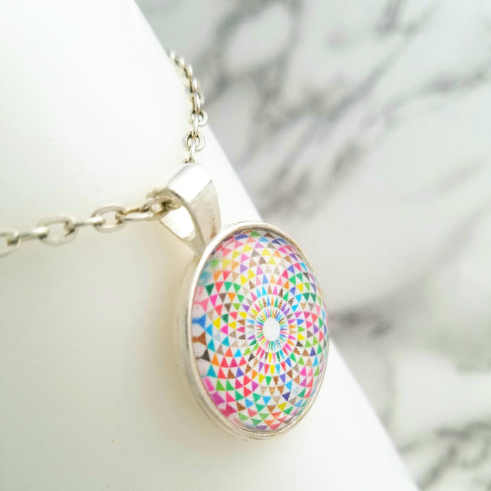 Kaleidoscope Color Necklace - L&G Gifts and Goodies