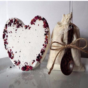 Heart bath bomb Bath salt Gift set - L&G Gifts and Goodies