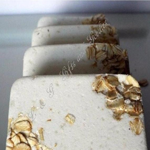 Honey and Oatmeal Bath Bomb Gift Set of 4 Natural Organic Exclusive Skin Care - L&G Gifts and Goodies