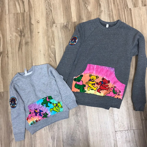 youth crew neck sweatshirt with kangaroo pouch