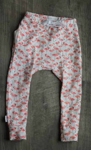 baggy pocket pants in organic flamingos